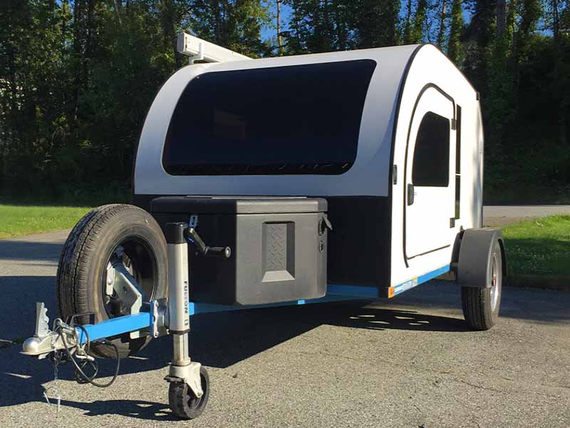 Differentiate your DROPLET lightweight camper with a custom coloured chassis