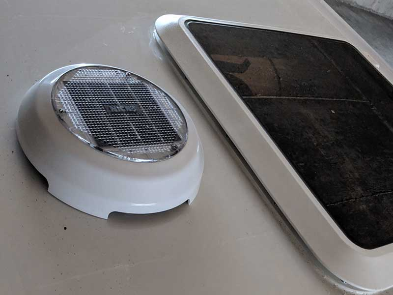 Get extra airflow with the Solar Fan add-on for the DROPLET trailer